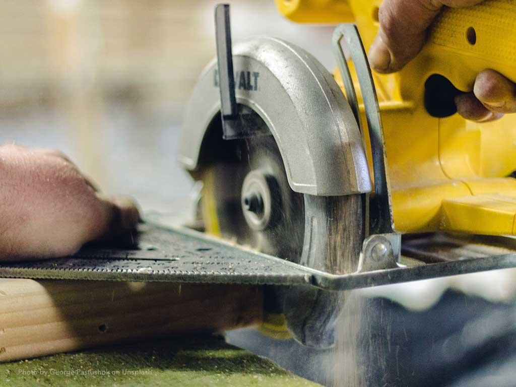 Handwerker für Hausmeistertätigkeit